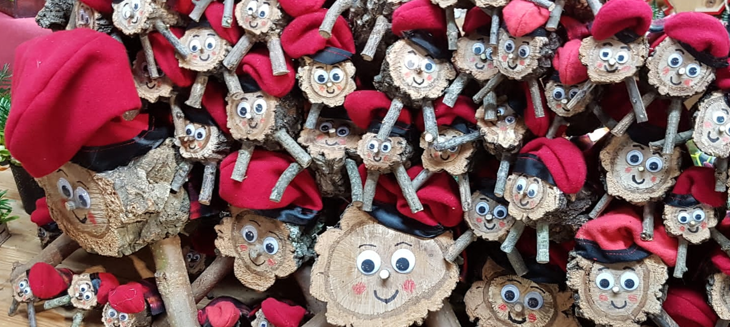 Catalan Christmas Traditions - caga tió