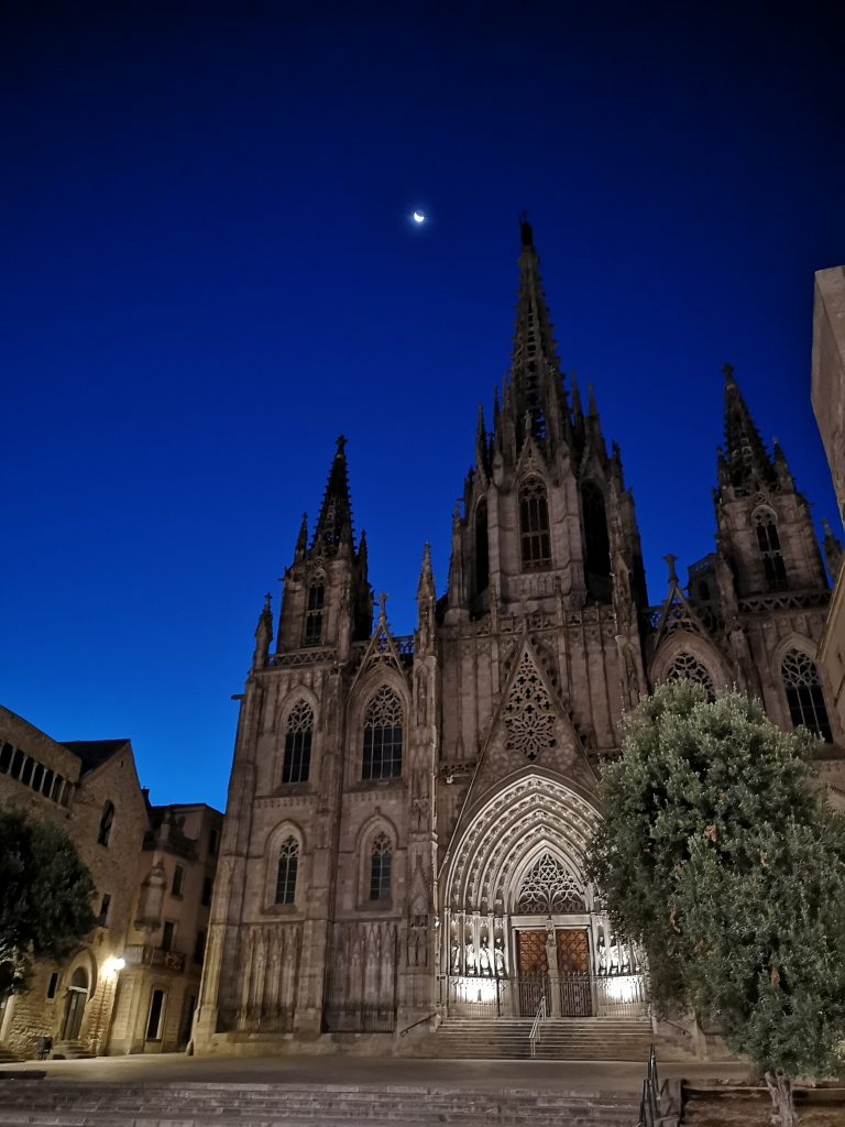 Barcelona Cathedral at night – just one of the many beautiful gems of in the Gothic Quarter