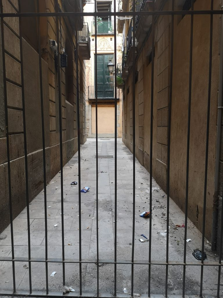 Dirty street in Barcelona's Gothic Quarter